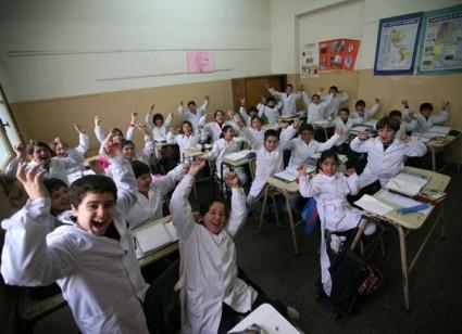 75557_chicos_en_el_aula