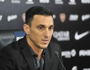Conferencia-Angelici-y-Nicolas-Burdisso-presentacion-manager-Boca-4