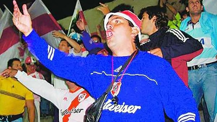 Hector-Godoy-Barrabrava-River-Plate-2