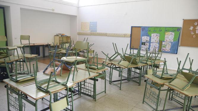 Aula-colegio-Mediterraneo-ultimo-clases_1257784265_86326772_667x375