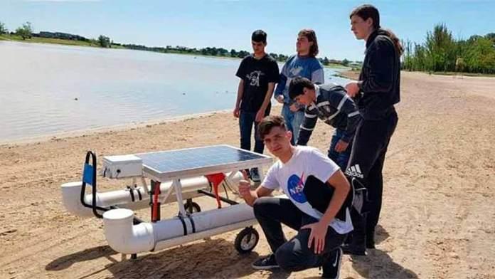 Joven-creó-un-drone-acuático-para-luchar-contra-la-contaminación
